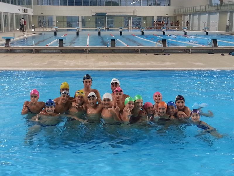 Son moix estrena piscina ol mpica club nataci palma for Piscina la salle bonanova