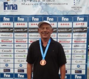 Vincent, campió del món als 50 esquena
